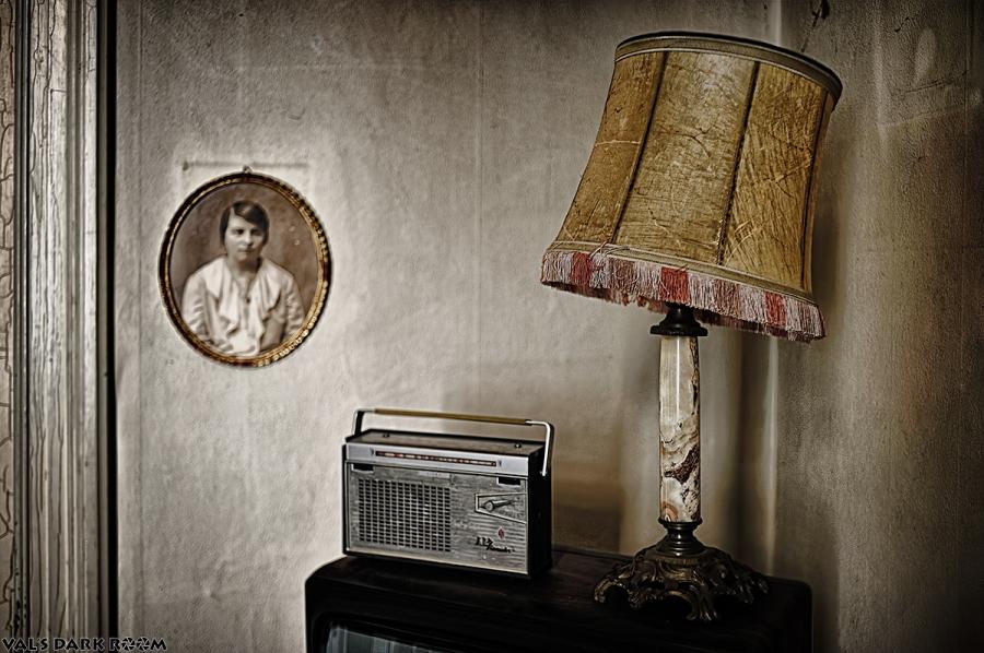 Manoir of the bride - radio