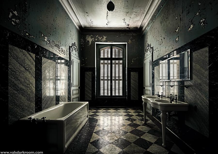 Chateau Lumière - Bathroom
