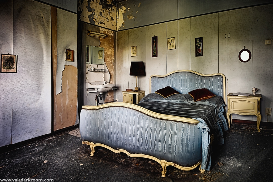 Dr. Pepito - bedroom